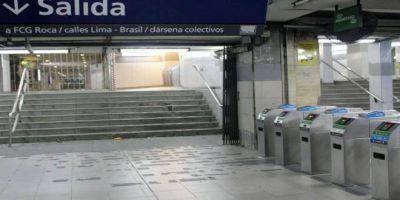 Metrodelegados reclaman instrucciones sobre el fallo que permite viajar gratis cuando no andan las escaleras mecánicas
