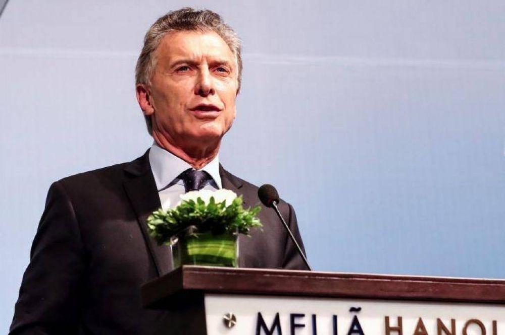 Cauteloso, mantiene Macri el misterio sobre su vice y apuesta a la polarización total con Cristina