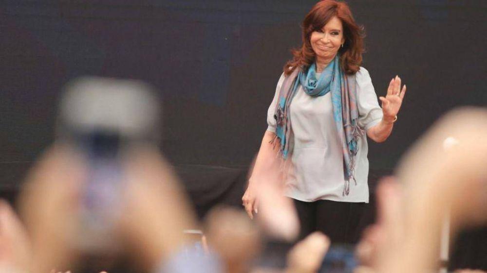 Cristina convocó a los evangelistas para que armen el peronismo celeste