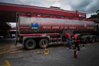 Por las sanciones internacionales, Venezuela se queda sin espacio para almacenar petróleo