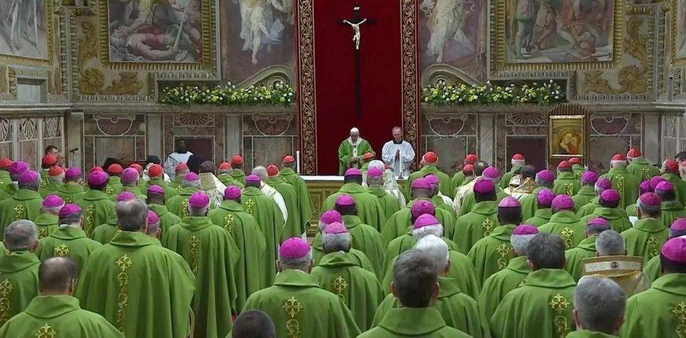"""Víctimas de abusos sexuales le pidieron al Papa """"transparencia"""" sobre su responsabilidad en el caso Grassi"""