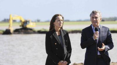 Macri y Vidal recorrieron la obra hidráulica más importante de la provincia