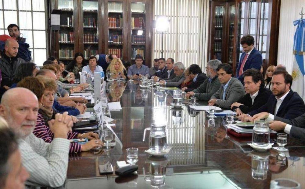 Provincia convocó a paritaria docente para el miércoles