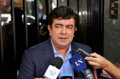 """Espinoza: """"Seguimos agrandando este gran frente pluralista, democrático y amplio"""""""