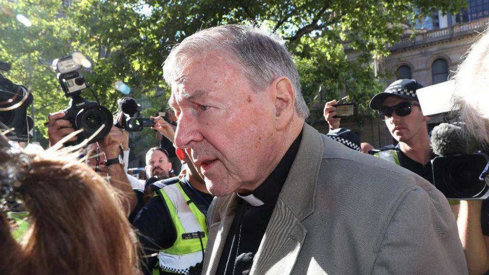 """El dolor y la vergüenza en el Vaticano por el caso Pell. """"Es un ataque directo al Papa"""""""