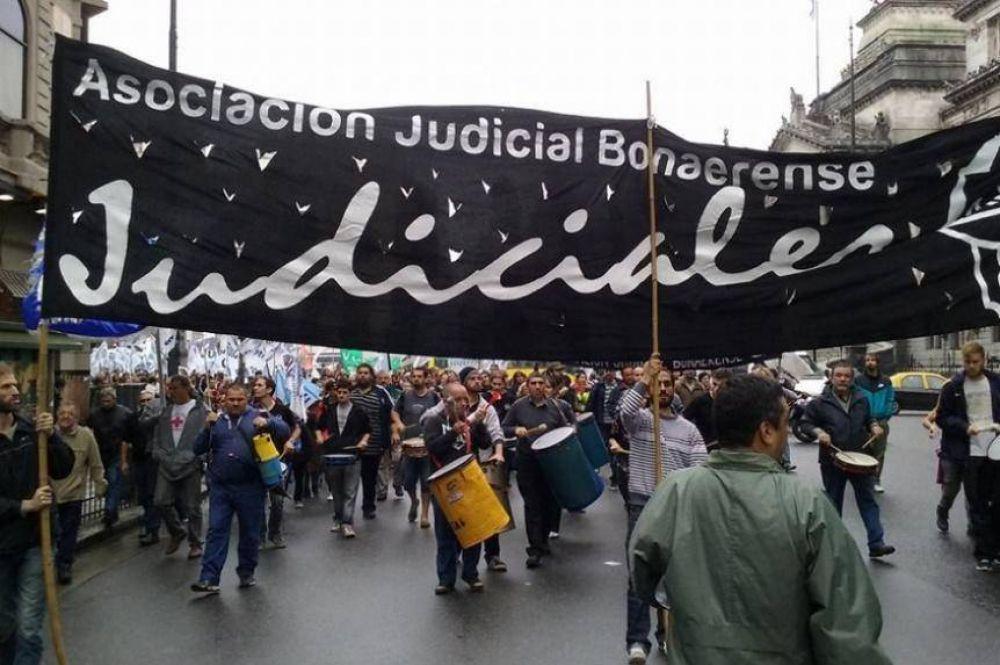 Judiciales bonaerenses paran el miércoles, por convocatoria a paritaria