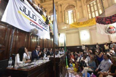 Panorama Político Platense: Oficialmente en campaña, Cambiemos buscará retener la Ciudad pero la oposición se ilusiona con el arrastre
