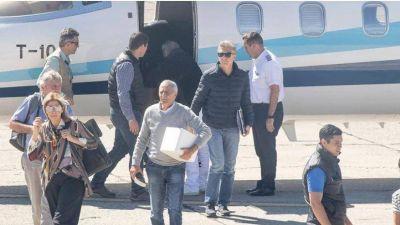 El presidente Macri regresa a Buenos Aires para despedir a su padre
