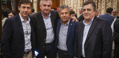 Cumbre en Corrientes: la UCR busca cerrar filas antes de definir si desafía a Mauricio Macri