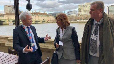 Patricia Bullrich se reunió en Londres con un arzobispo cercano a Francisco