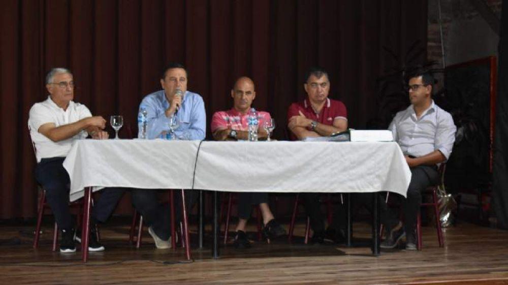 Tanti: Azar culpó a los directivos de la cooperativa por la calidad del agua