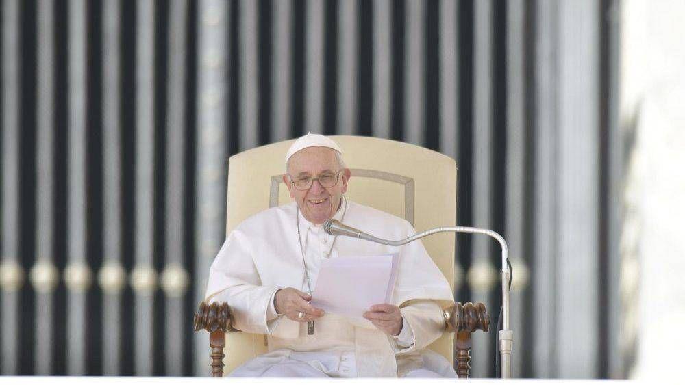 Catequesis del Papa: sembrar la palabra de Dios con paciencia y mansedumbre