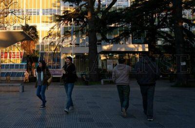 UNMDP: el rector respaldó el reclamo por paritarias de los docentes