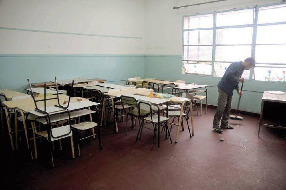 El paro docente se cumplió con una adhesión del 90% y Vidal reiteró que descontará el día