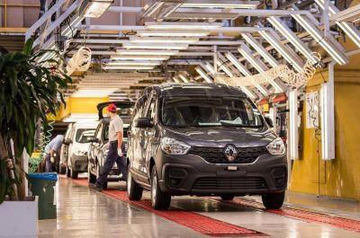 1.500 operarios suspendidos en Renault