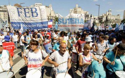 Docentes arrancan la segunda jornada de paro en medio de un clima tenso con el gobierno