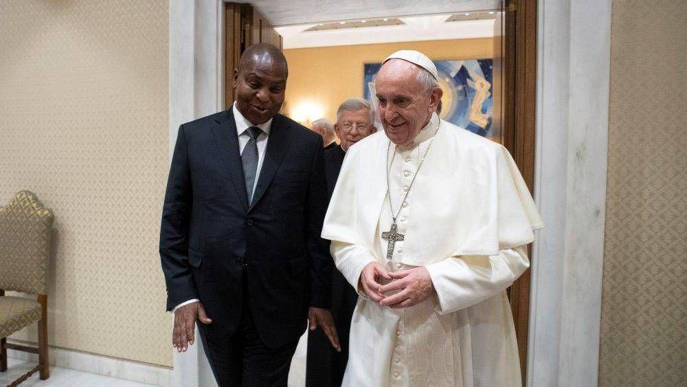 """El Papa al Presidente Centroafricano: """"Promover la coexistencia pacífica"""""""