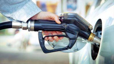 Desdoblan alza de impuesto sobre combustibles líquidos