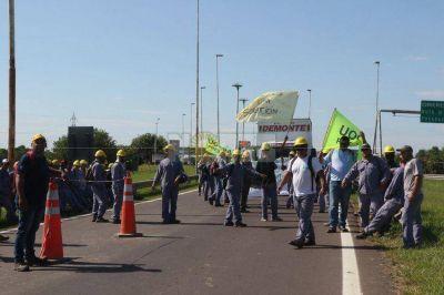 Movilización de la Uocra para frenar las suspensiones de obreros