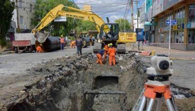 Giubetich prometió terminar el pluvial Sarmiento y el relleno sanitario