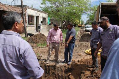 Avanza el municipio con importantes obras en la red cloacal