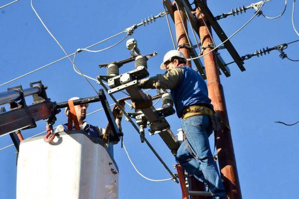 Vidal autorizó aumentos en la luz de hasta el 67% para compensar a las productoras