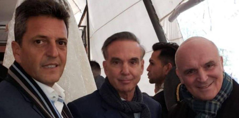 """Massa y Pichetto, optimistas desde Mendoza: """"Ya estamos cerca de los 30 puntos"""""""