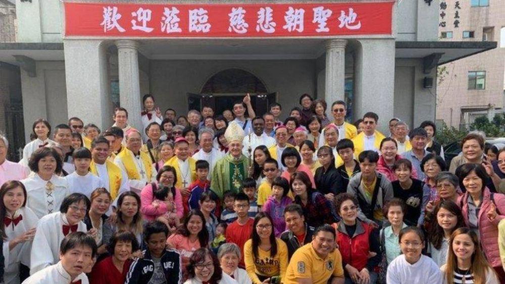 """Filoni: el acuerdo entre Pekín y la Santa Sede es """"algo bueno"""" para la Iglesia y para China"""