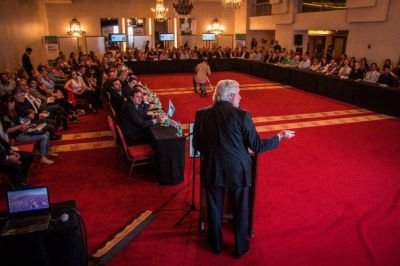 Destacados expositores participaron de un importante encuentro sobre la justicia
