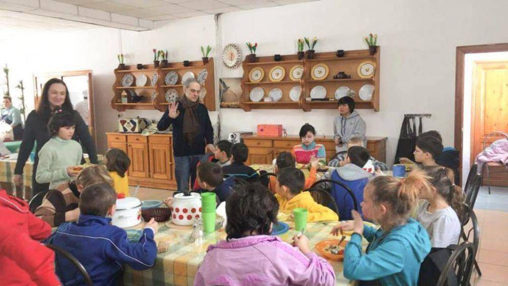 La aldea de Kazajistán de los niños cuidados por cristianos y musulmanes