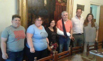 El intendente de Chaves recibió a ganadores de los Corsos Carlos Gardella