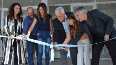 Junto a Merquel, Corvatta inauguró la Escuela N°2