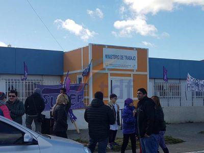 """SUTEF se manifestó pero Gobierno considera la paritaria """"cerrada"""""""
