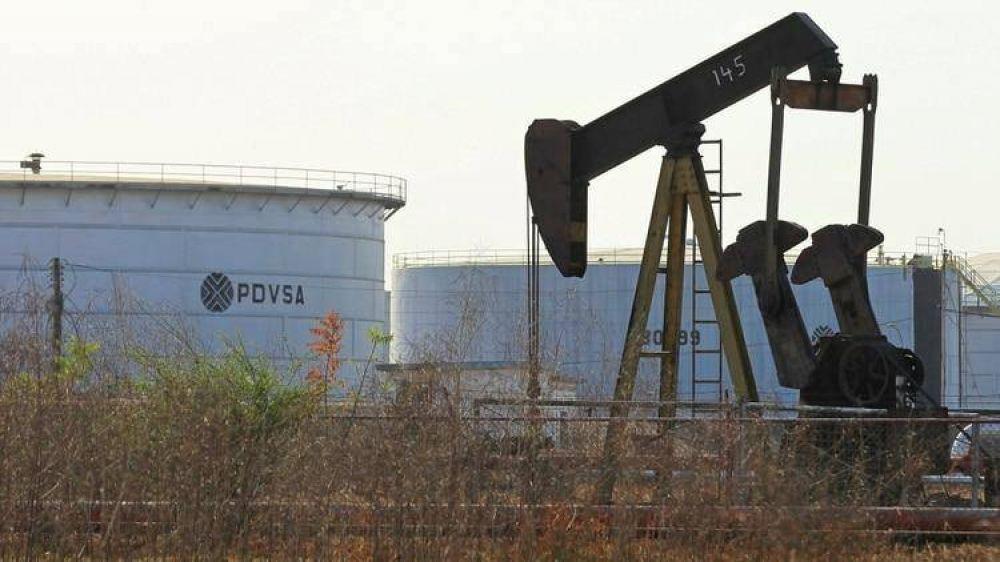 Juan Guaidó busca la reapertura de la industria petrolera venezolana a la inversión privada