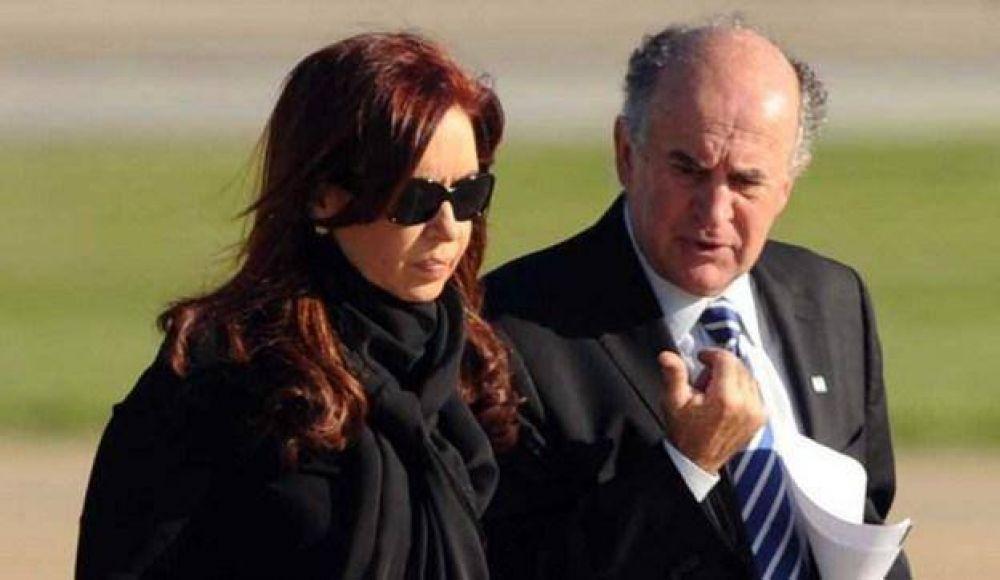 Cristina Kirchner post Neuquén: dardos a Parrilli y pase de facturas interno