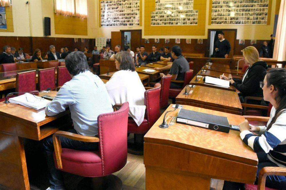 Tras fuertes críticas, el Concejo aprobó un leasing para maquinaria vial