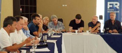 Massa también se prepara para dar pelea en la Provincia: reunió a sus intendentes y legisladores