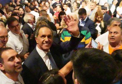 Scioli se entusiasma con ser candidato ante los rumores de un paso al costado de Cristina