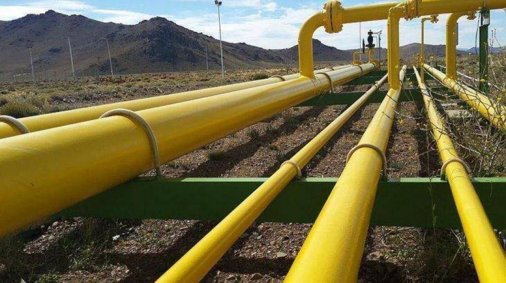 La producción de petróleo aumentó en enero un 4,1% y el gas un 4% interanual