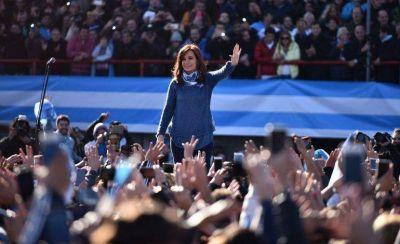 Cristina Kirchner gana en primera vuelta: Magnetto quiere bajar a Macri y jugar con Vidal y Tinelli