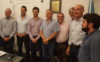 Los estacioneros se interiorizan sobre cómo se transformará su negocio en los próximos años: reunión clave entre CECHA y AAVEA