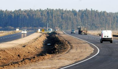 Aubasa propuso aumentar un 33% los peajes de las rutas a la costa
