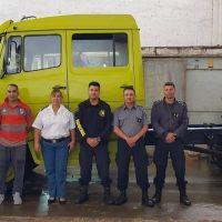 Internos restauraron autobombas de bomberos voluntarios