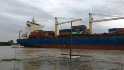 Puesta en escena: El buque Rita llegó al Puerto La Plata, pero los containers estaban vacíos