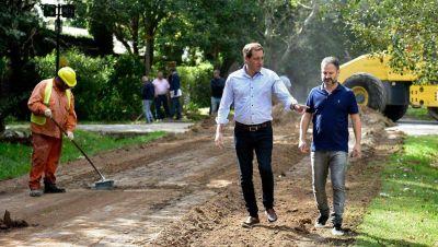 En modo reelección y cumpliendo con Vidal, Garro mostró obras en City Bell
