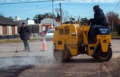 Con fondos provinciales, comienza un plan intensivo de bacheo en Mar del Plata