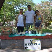 Reciclaje de residuos en la plaza Ciudad del Niño