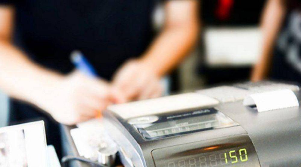 Controladores fiscales: Prorrogan el cambio de equipos para emitir tickets