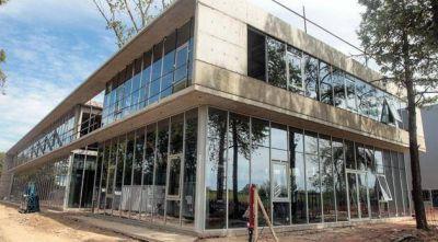 Empresa biotecnológica instalará una fábrica de medicamentos en Garín