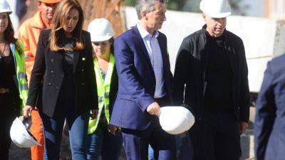 Vidal sufre con Macri